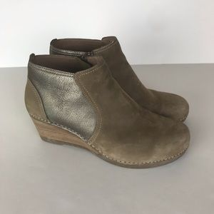 Dansko Susan Ankle Boots Taupe Brown Size 42